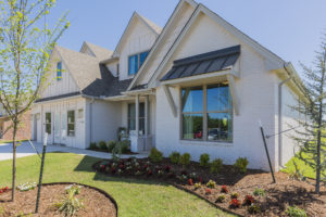 14598 Fox Lair Ln. Edmond, OK 73025 In Fox Lair Shaw Homes, Cypress R Model Home (56)