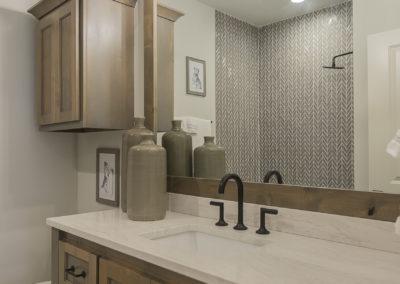 7204 N. Hawthorne Lane Owasso, OK 74055 In Stone Canyon Shaw Homes, Valencia St. Jude Dream Home 2021 (51)