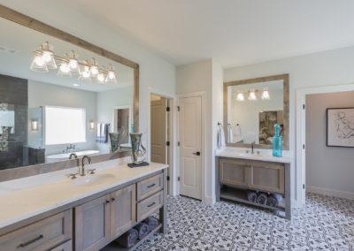 7204 N. Hawthorne Lane Owasso, OK 74055 In Stone Canyon Shaw Homes, Valencia St. Jude Dream Home 2021 (59)