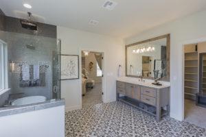 7204 N. Hawthorne Lane Owasso, OK 74055 In Stone Canyon Shaw Homes, Valencia St. Jude Dream Home 2021 (61)