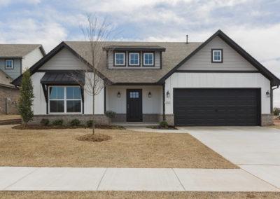 Exterior 8220 NW 151st St, Oklahoma City, OK Twin Silos Hawthorne (1)