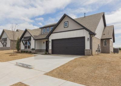 Exterior 8220 NW 151st St, Oklahoma City, OK Twin Silos Hawthorne (4)
