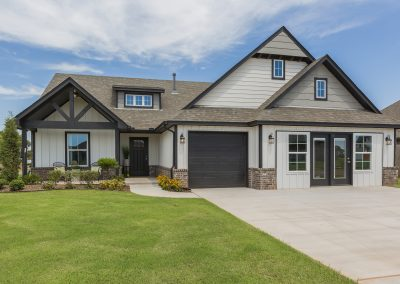 Exterior Front Shaw Homes Kincaid In Pinnacle 3100 Brookstone Ridge Blvd Yukon, OK 73099 (2)