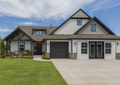 Exterior Front Shaw Homes Kincaid In Pinnacle 3100 Brookstone Ridge Blvd Yukon, OK 73099 (3)