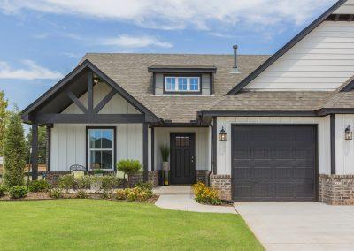 Exterior Front Shaw Homes Kincaid In Pinnacle 3100 Brookstone Ridge Blvd Yukon, OK 73099 (4)