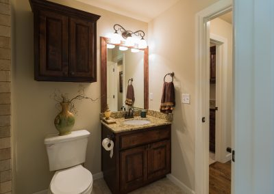 Hall Bath 1 Shaw 6672 E. 125th St. S. Wyndham In Seven Lakes Bixby, Oklahoma
