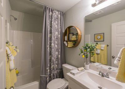 Hall Bath 1 Shaw Homes Kincaid In Pinnacle 3100 Brookstone Ridge Blvd Yukon, OK 73099 (1)