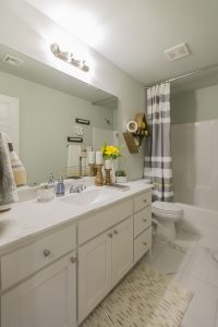 Hall Bath 2 Shaw Homes Kincaid In Pinnacle 3100 Brookstone Ridge Blvd Yukon, OK 73099 (2)