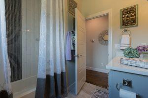 Hall Bath 3 12072 S. 68th E. Ave Redford In Bixby Oklahoma