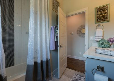 Hall Bath 3 12072 S. 68th E. Ave Redford In Bixby Oklahoma