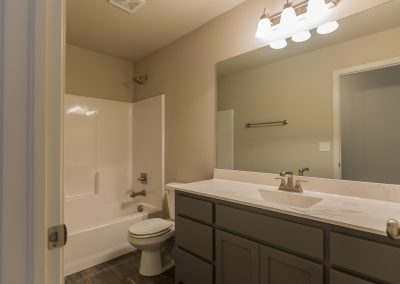 Hall Bath Shaw 3413 E Quebec St Cambridge In Silverleaf Broken Arrow Oklahoma