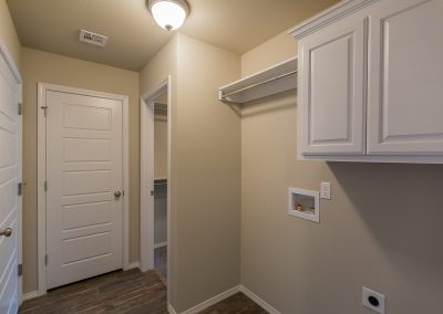 Laundry Room 3445 E Quebec St Baywood In Silverleaf Broken Arrow Oklahoma