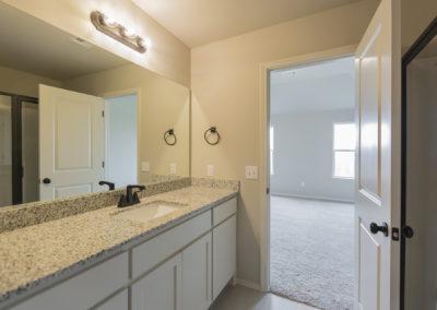 Master Bathroom 11108 SW 31st St, Yukon OK Pinnacle Forsythia (2)