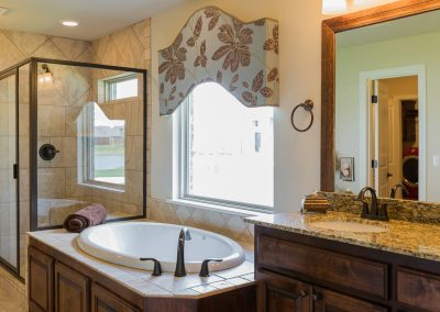 Master Bathroom 3 Shaw 6672 E. 125th St. S. Wyndham In Seven Lakes Bixby, Oklahoma