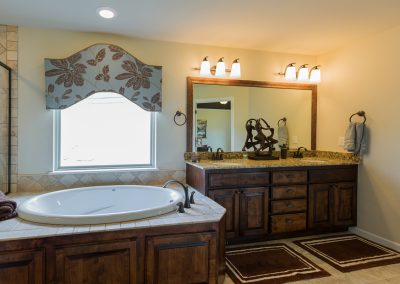 Master Bathroom 4 Shaw 6672 E. 125th St. S. Wyndham In Seven Lakes Bixby, Oklahoma