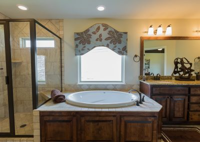 Master Bathroom 5 Shaw 6672 E. 125th St. S. Wyndham In Seven Lakes Bixby, Oklahoma