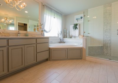 Master Bathroom 7 Monroe In The Estates At The River Shaw Tulsa New Home Builder