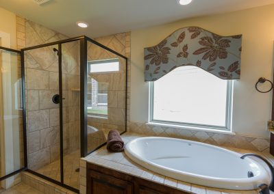 Master Bathroom 7 Shaw 6672 E. 125th St. S. Wyndham In Seven Lakes Bixby, Oklahoma