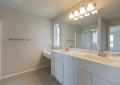 Master Bathroom 8220 NW 151st St, Oklahoma City, OK Twin Silos Hawthorne (1)