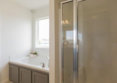 Master Bathroom Shaw Homes 8201 NW 151st Terrace Jasmine In Twin Silos Oklahoma City, OK (3)