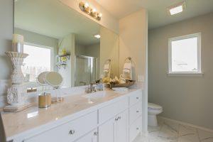Master Bathroom Shaw Homes Kincaid In Pinnacle 3100 Brookstone Ridge Blvd Yukon, OK 73099 (4)