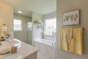 Master Bathroom Shaw Homes Kincaid In Pinnacle 3100 Brookstone Ridge Blvd Yukon, OK 73099 (5)