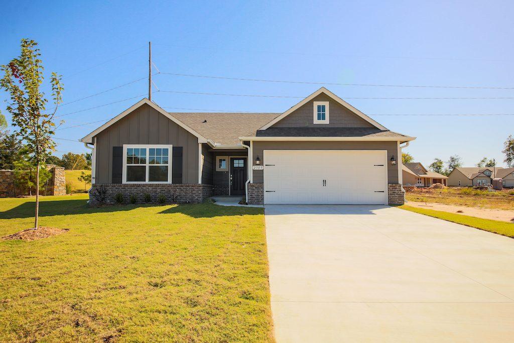 New Homes Broken Arrow 2309 E Winston St 7I1A0355